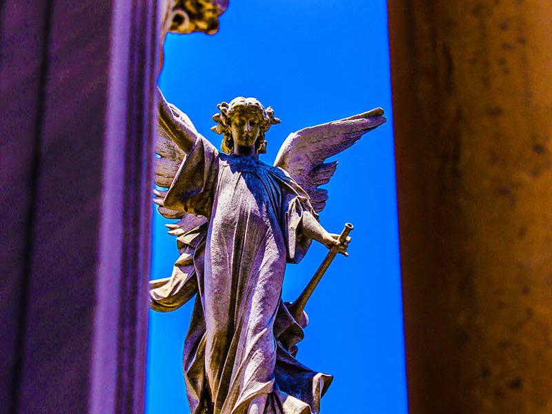 ANGELES EN RECOLETA